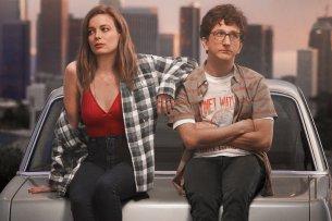 "Mickey (Gilian Jacobs) und Gus (Paul Rust) in ""Love"""