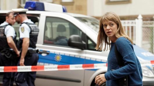 Ellen Berlinger (Heike Makatsch) wurde bei einem Einsatz zu Boden geworfen.