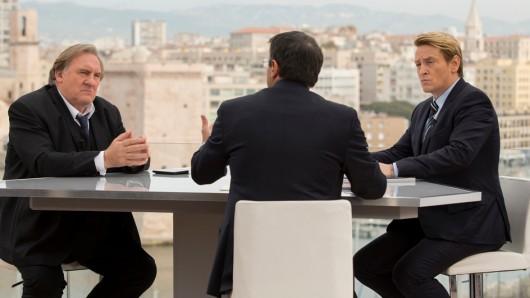 Taro (Gerard Depardieu) im Wahlkampf