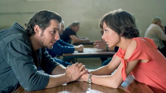 Franziska (Julia Koschitz) versteht nicht, dass Sebastian (Felix Klare) sie immer wieder angelogen hat.