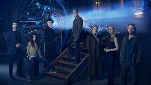 Das Serienensemble von 12 Monkeys (v.l.n.r.): Aaron Marker, Jennifer Goines, The Pallid Man, Ramse, Jones, Cassandra Railly und James Cole