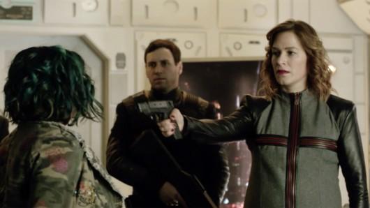 Kennt in der 2. Dark Matter-Staffel keinen Spaß: Franka Potente als Chief Inspector Shaddick