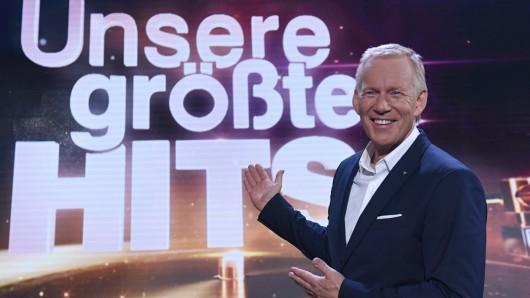 Johannes B. Kerner präsentiert Unsere größten Hits zu 40 Jahren Charts in Deutschland