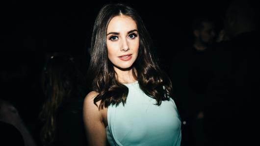 Alison Brie (33)