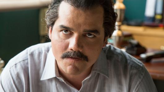 Wagner Moura als Drogenkönig Pablo Escobar in der zweiten Staffel von Narcos.