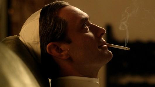 Jude Law spielt Lenny Belardo alias Papst Pius XIII.