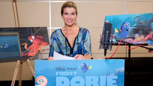Anke Engelke spricht in Findet Dorie den vergesslichen Paletten-Doktorfisch Dorie