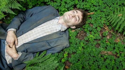Daniel Radcliffe als lebende Leiche Manny im Festival-Hit Swiss Army Man