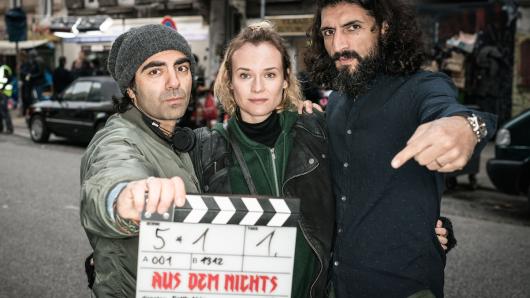 Ein Drehbeginn wie Aus dem Nichts: Fatih Akin (l.), Diane Kruger und Numan Acar