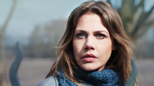 Feliticas Woll als Journalistin Doro Kagel