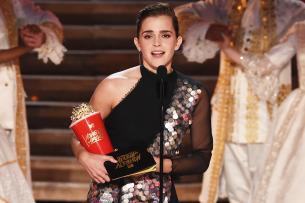 Emma Watson bei der Preisübergabe