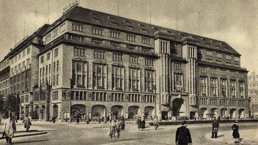 Seit seiner Gründung im Jahr 1907 Konsumtempel-Inbegriff und baldiger Serien-Stoff: Das KaDeWe in Berlin Schöneberg