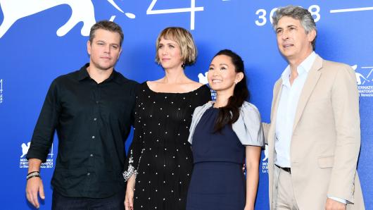 Matt Damon, Kristen Wiig, Hong Chau und Alexander Payne (v.l.) stellen ihren Film Downsizing vor