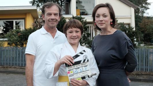 Martin Wuttke und Ella Frey mit Regisseurin Anca Miruna Lazarescu