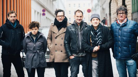 Kameramann Martin Gschlacht, Sarah Viktoria Frick, Produzent David Schalko, Christian Dolezal, Bela B. Felsenheimer und Produzent John Lueftner (v.l.)