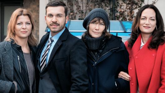 Jördis Triebel (l.), Edin Hasanovic und Natalia Wörner (r.) mit Regisseurin Sherry Hormann
