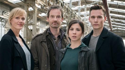 Anna Schudt, Jörg Hartmann und Aylin Tezel mit Neuzugang Rick Okon (v.l.)