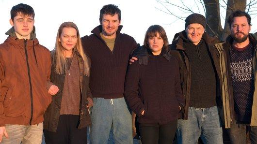 Yuri Volsch, Anna Loos, Felix Klare, Britta Hammelstein, Regisseur Nicolai Rohde und Sascha Geršak (v.l.)