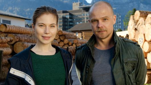 Die Hauptdarsteller Nora Waldstätten und Matthias Koeberlin