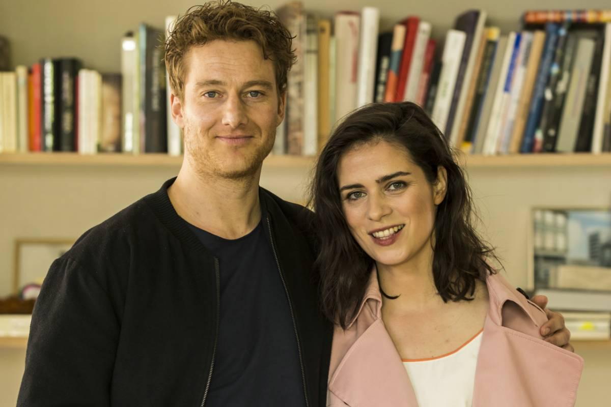 Virtuelle Dating-Ariane geht durch