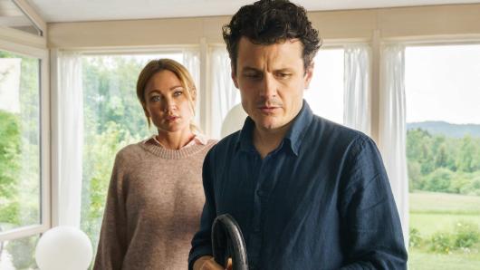Kann Nina (Lisa Maria Potthoff) Mark (Manuel Rubey) trauen?