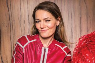 Bringt Deutschland bald mit ihrer eigenen großen Show zum Lachen: Martina Hill (44)