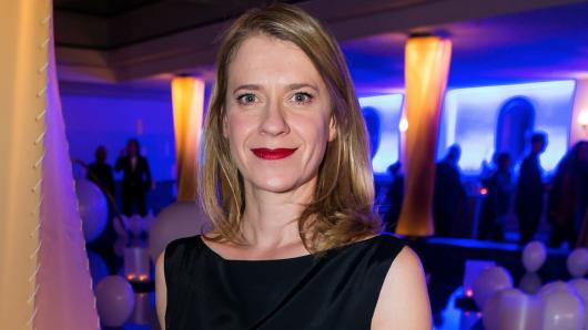 Caroline Peters freut sich über eine neue Auszeichnung