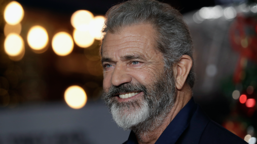 Hollywood-Haudegen Mel Gibson nimmt ein Remake des Western-Klassikers The Wild Bunch in Angriff.