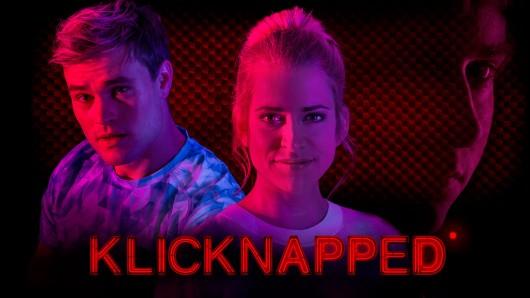 Die YouTuber Polly (Merle Collet) und Manu Engel (Christopher Reinhardt) stecken in der Klemme