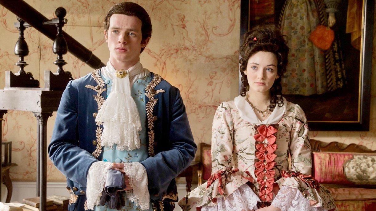 Gideon (Jannis Niewöhner) und Gwen (Maria Ehrich) reisen auf ihrer Mission in die Vergangenheit.