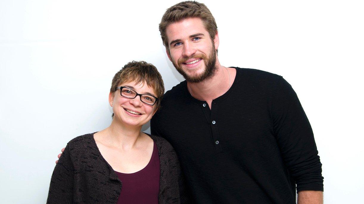 Liam Hemsworth und GOKA-Korrespondentin Anke Hofmann