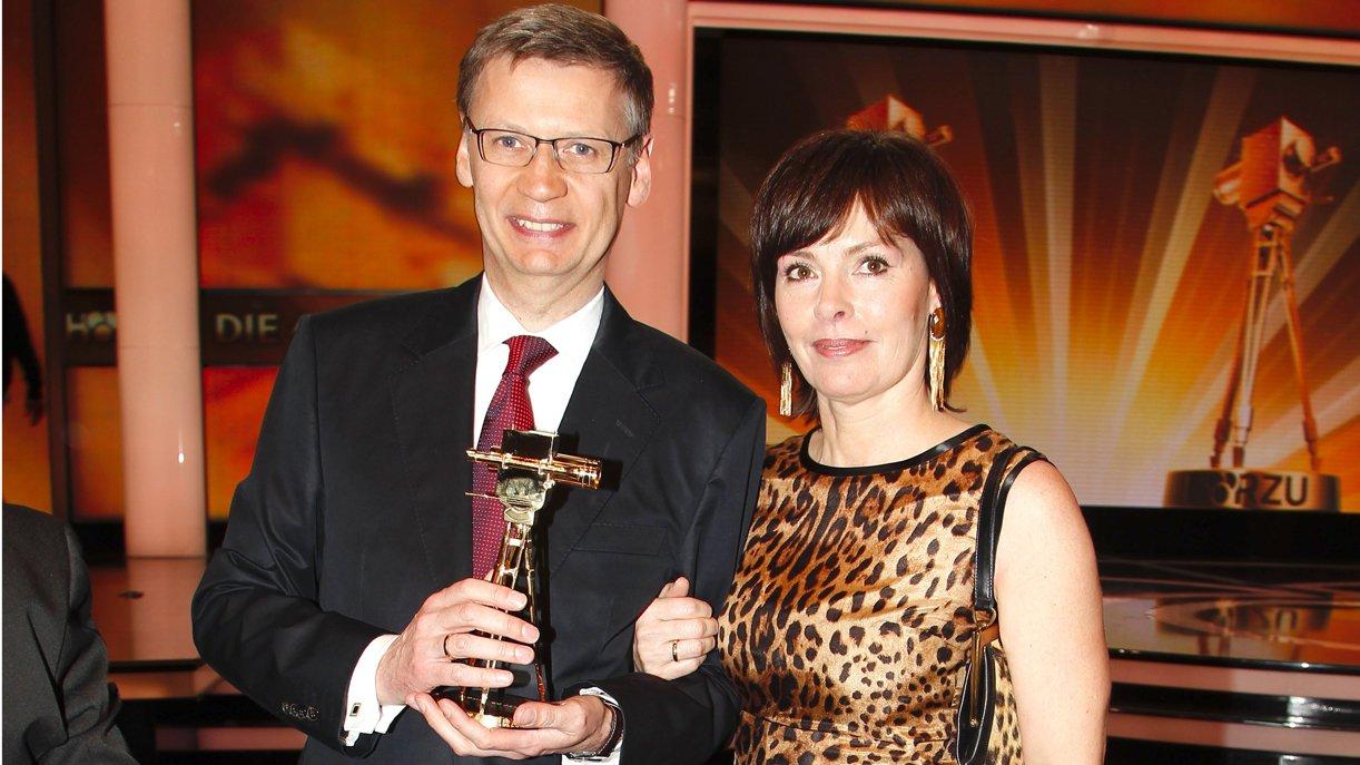 Günther Jauch mit Gattin Thea Sihler-Jauch nach der Verleihung 2011