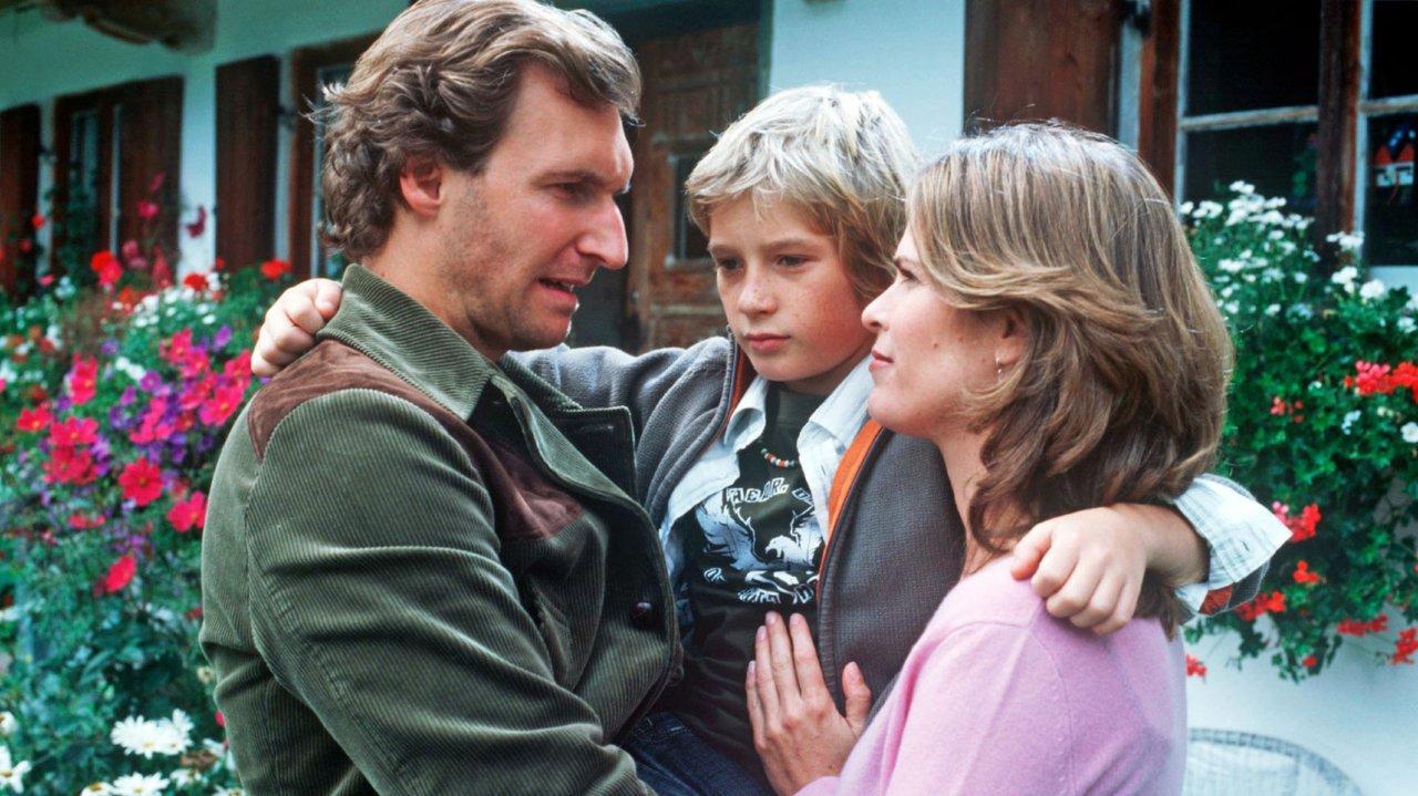 """Die kleinen Anfänge: Sven Gielnik neben Ursula Buschhorn und Siegfried Terpoorten in der Krimiserie """"Stadt, Land, Mord!"""" (2006)"""