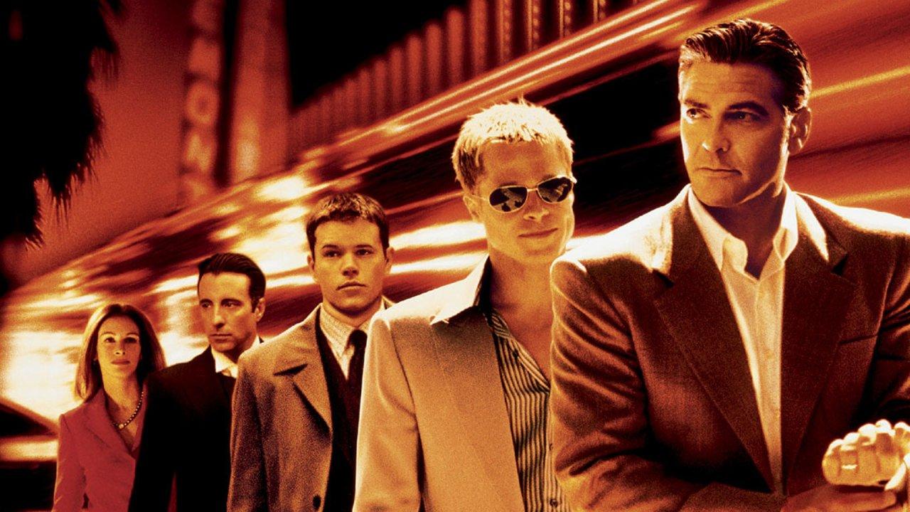 """Matt Damons stargespicktes Las-Vegas-Debüt """"Ocean's Eleven"""" (2001) mit Julia Roberts, Andy Garcia, Brad Pitt und George Clooney"""