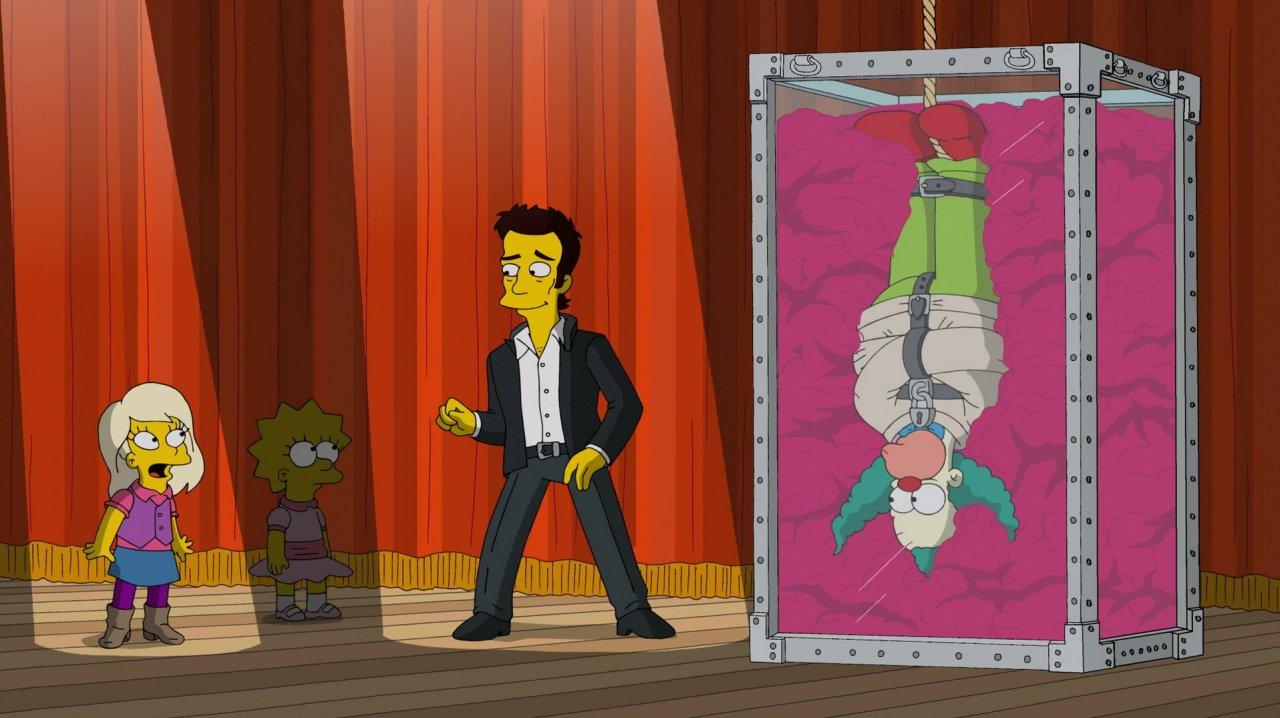 Harper mag Lisas neue Freundin mit gewissen Vorzügen sein, auf der Bühne mit David Copperfield wird sie von der Millionärstochter aber in den Schatten gestellt