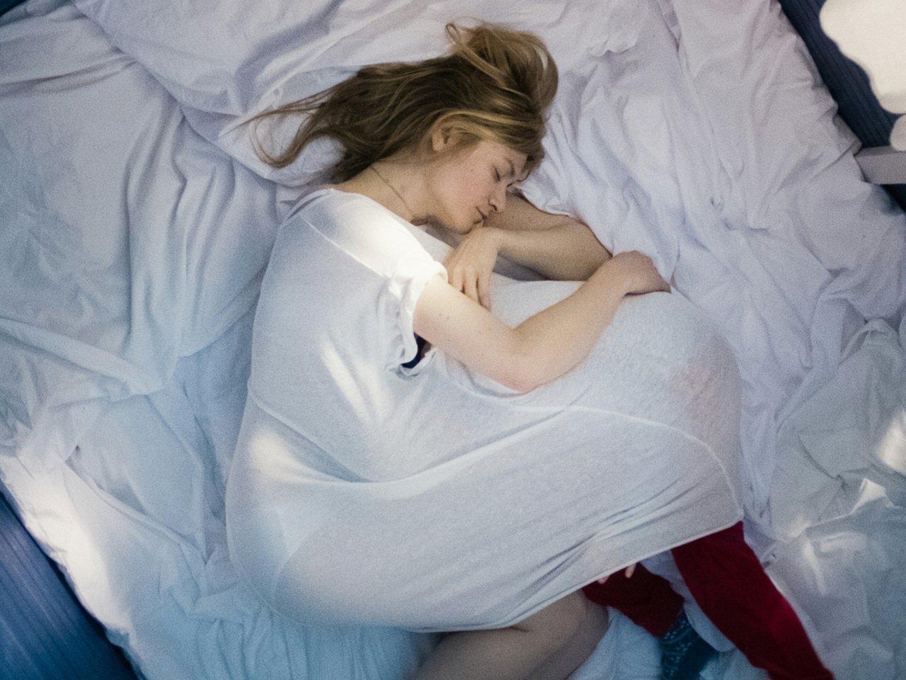 Der Traum vom sorgenfreien Mutterglück: Astrid (Julia Jentsch) mit ihrer gesunden Tochter Nele
