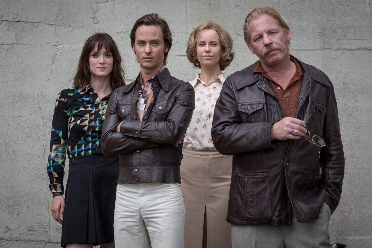 """Ab 27. März 2017 im ZDF: das """"Der gleiche Himmel""""-Ensemble Friederike Becht (l.), Tom Schilling, Sofia Helin und Ben Becker"""