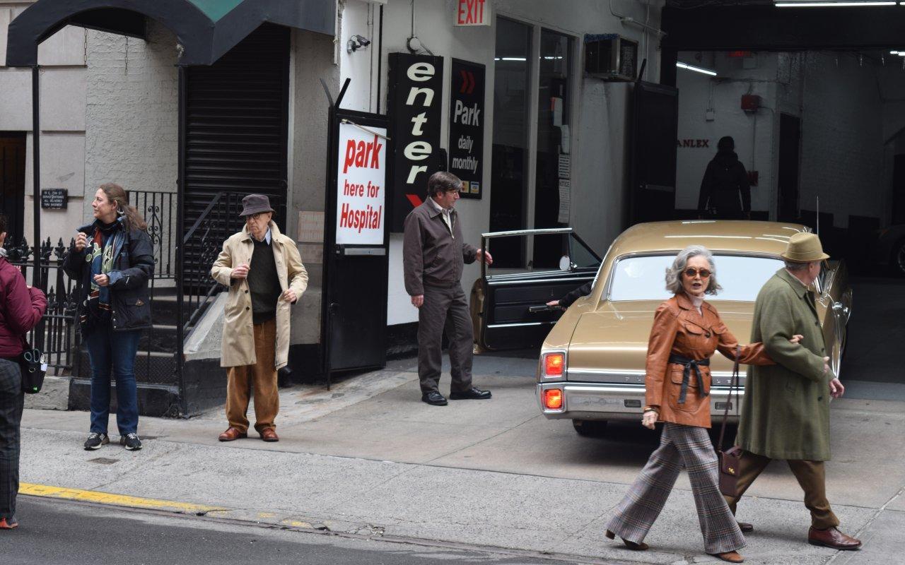 """Der """"Stunt"""" ist im Kasten: Woody Allen hat sein Autofahrer-Comeback in """"Crisis in Six Scenes"""" heil überstanden"""