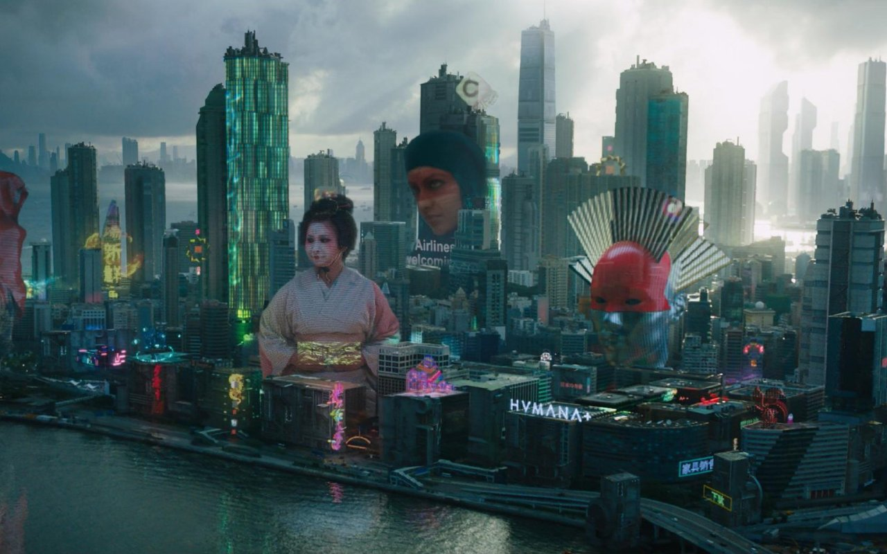 """Aus alt mach neu: Hochhausgroße Werbe-Hologramme modernisieren die bekannte Metropolen-Skyline aus """"Ghost in the Shell"""""""