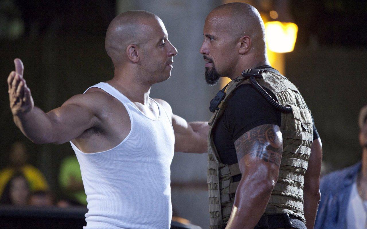 """Dicke Luft zwischen Vin Diesel (Dom) und Dwayne Johnson (Hobbs) in """"Fast & Furious Five"""" (2011)"""