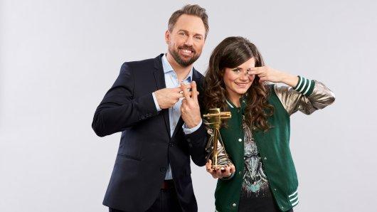 Steven Gätjen und Joyce Ilg moderien den GOLDENE KAMERA Digital Award