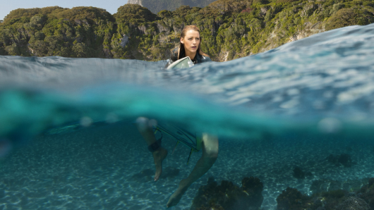 Blake Lively spielt in The Shallows die sexy Surferin Nancy.