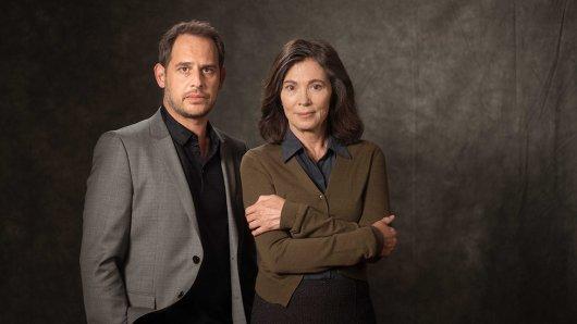 Protokollantin Freya Becker (Iris Berben) und Jo Jacobi (Moritz Bleibtreu) .