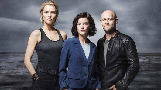 The Team: Nelly Winther (Marie Bach), Paula Liekens (Lynn Van Royen) und Kommissar Gregor Weiss (Jürgen Vogel, v.l.).