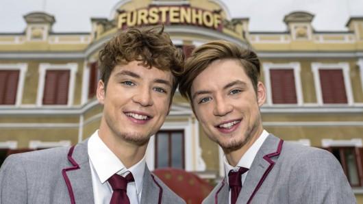 Roman und Heiko Lochmann alias Die Lochis spielen Johannes und Leopold Sendler.