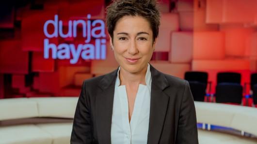 Nach zwei erfolgreichen Staffeln startet das ZDF-Talkmagazin mit Moderatorin Dunja Hayali auf einem neuen Sendeplatz.
