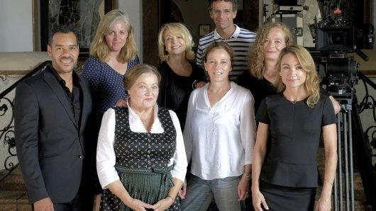 Michael Klammer (Dan Dawson), Christiane Balthasar (Regie), Marianne Sägebrecht (Rosa Seidl), Gisela Schneeberger (Gisela Hofstetter), Heike Voßler (Produzentin), Emre Erkem (Kamera), Carolin Otto (Autorin), Lisa Maria Potthoff (Vicky Dawson).