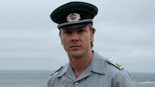 Volkspolizist Martin Franzen (Albrecht Schuch).