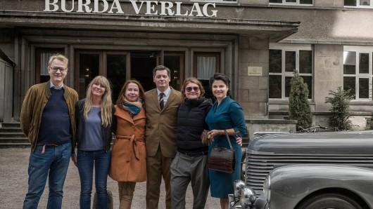 Katharina Wackernagel (rechts) spielt die Titelrolle in dem Zweiteiler ,Aenne Burda - Die Wirtschaftswunderfrau.