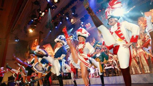 Tusch, Alaaf, Rakete: Wie die Kölner ihre Karnevalssitzungen feiern (29. Januar, 20:15 Uhr Das Erste).